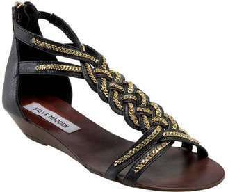 df61ac58ee88 I knew I saw a similar pair at Nordis this weekend and then I realized Steve  Madden has their own version of the braided gold chain sandal