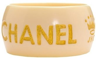 Jessica Kagan &quot;ripped Off By Chanel&quot; White Resin Bangle - Jewelry