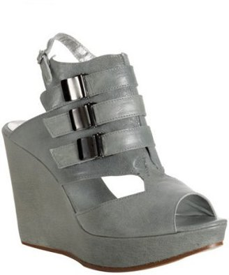Tashkent by Cheyenne grey leather &#39;Nico&#39; wedge sandals - Heels