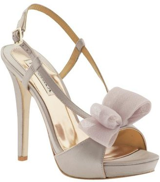 Badgley Mischka Xavier - Heels