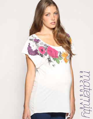 ASOS MATERNITY Exclusive Rose Print Neck Tee - Pregnant Style