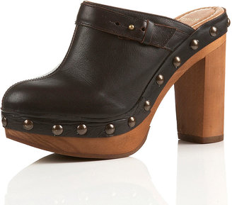 SEANNA Closed Toe Clogs - Shoes