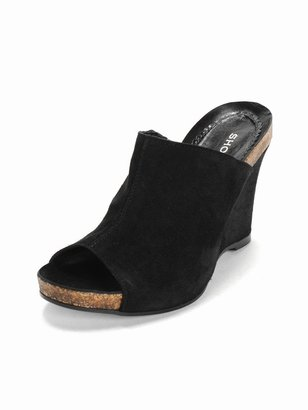 Shoebox Suede Mule - Chic and Easy Clogs