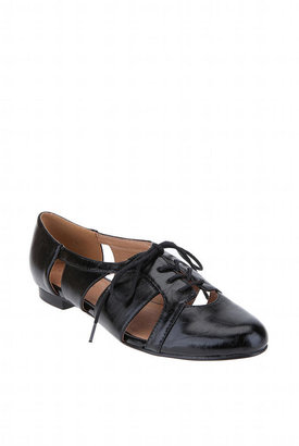 Chelsea Crew Cut Out Oxford - Flat Oxfords
