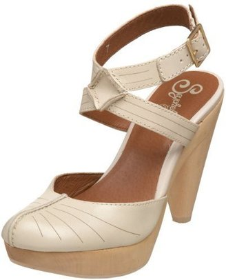 Seychelles Women&#39;s Twistin&#39; The Night Away Pump - Heels