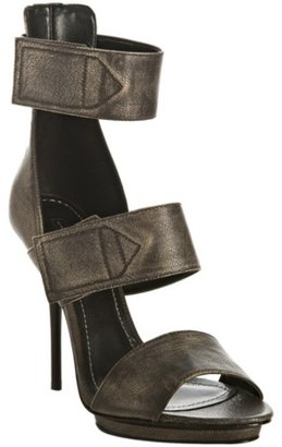 Report Signature pewter leather &#39;Cooper&#39; platform sandals - Strappy Sandals