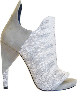 Alexander Wang Devon Graphic Ankle Pumps In Grey &amp; White - The Best of Alexander Wang Shoes