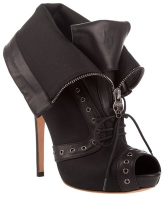 ALEXANDER MCQUEEN - Canvas and leather peep-toe boots - Paperbag Booties