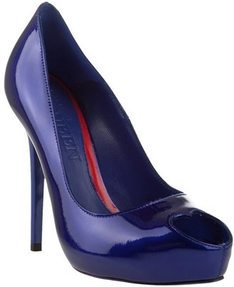 ALEXANDER MCQUEEN - Patent leather heart peep-toe shoes - Peep Toe Pumps