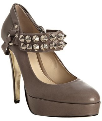 Be&amp;D taupe leather &#39;Richmond&#39; studded platform pumps - Studded Shoes